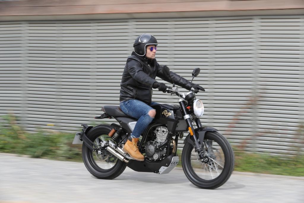 Rieju CenturY 125 2018 MotorADN (31)