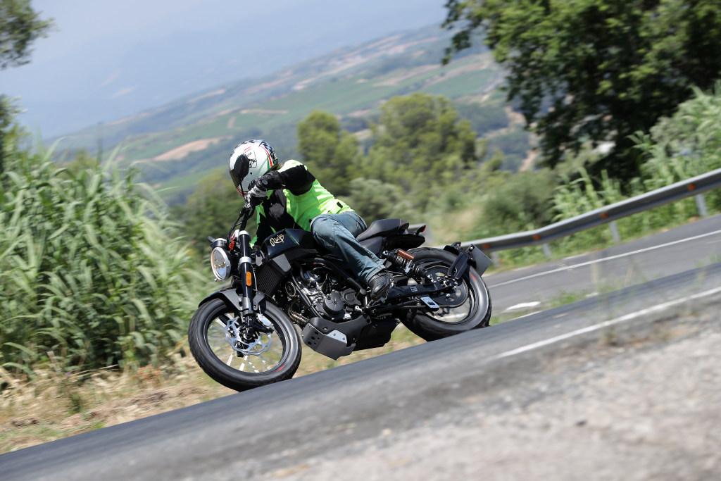 Rieju CenturY 125 2018 MotorADN (65)