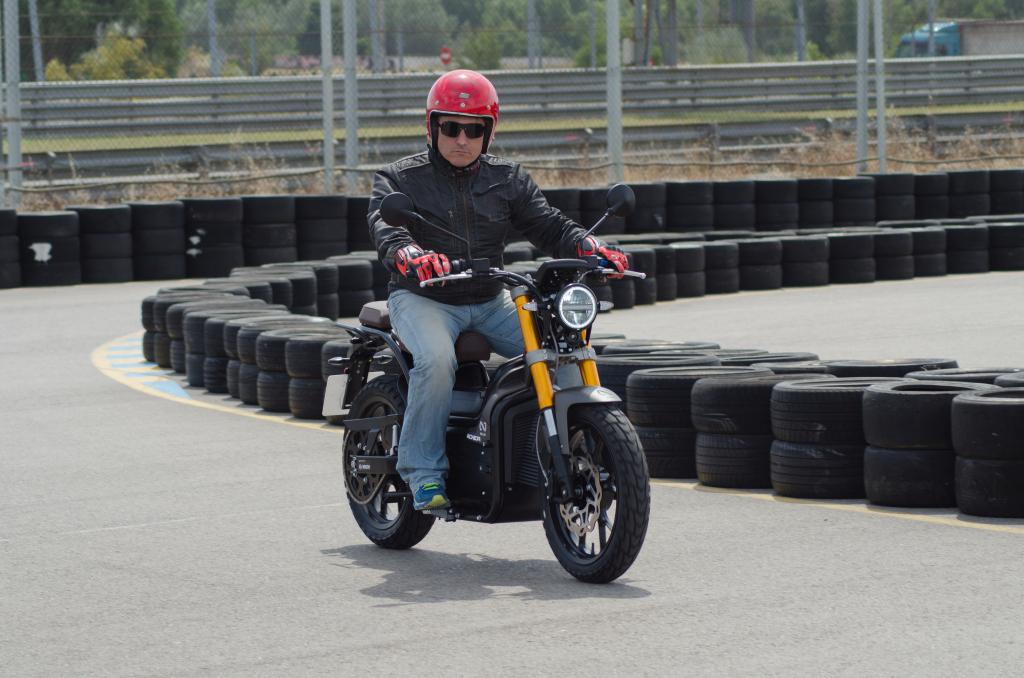 Presentación motos eléctricas NUUK 2018 MotorADN (32)