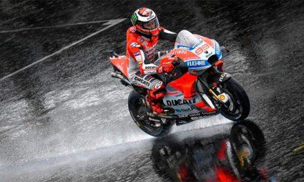 Fotos MotoGP Gran Bretaña 2018 lluvia MotorADN