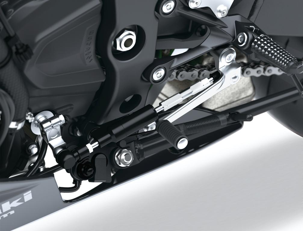 Kawasaki Ninja ZX-6R 2019 MotorADN previo (10)