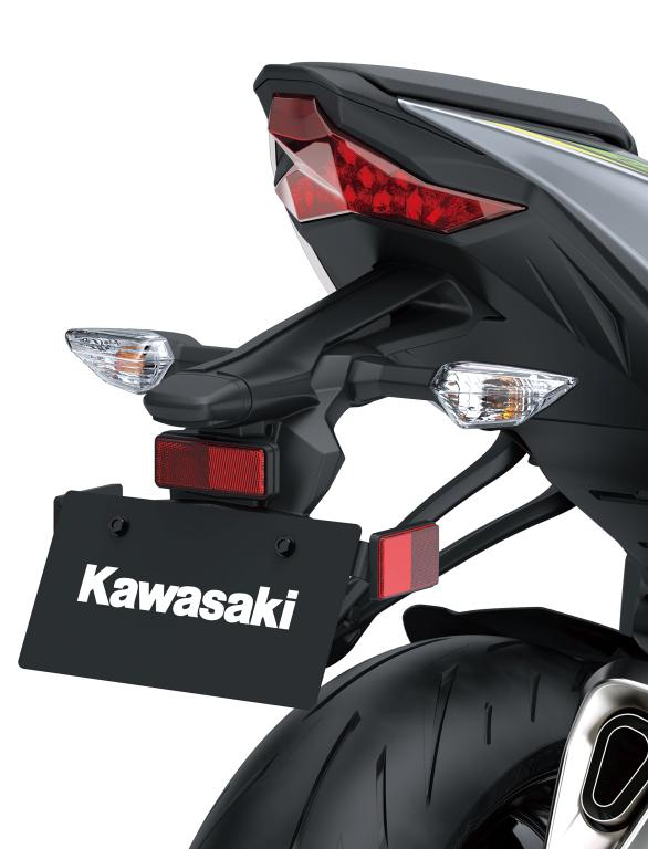 Kawasaki Ninja ZX-6R 2019 MotorADN previo (17)