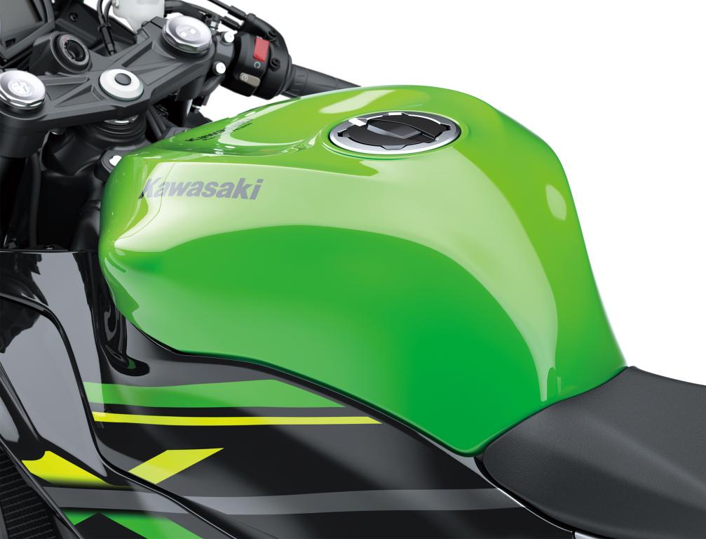 Kawasaki Ninja ZX-6R 2019 MotorADN previo (8)