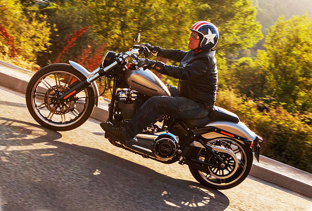 Prueba Harley Breakout 114 2018 MotorADN (1)