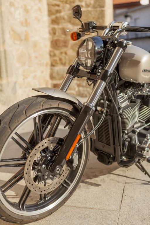 Prueba Harley Breakout 114 2018 MotorADN (35)