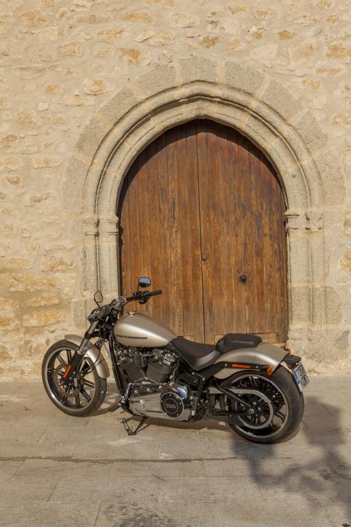 Prueba Harley Breakout 114 2018 MotorADN (39)