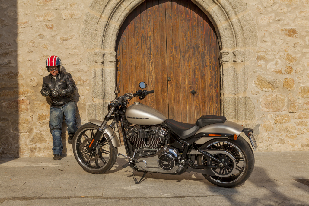 Prueba Harley Breakout 114 2018 MotorADN (53)