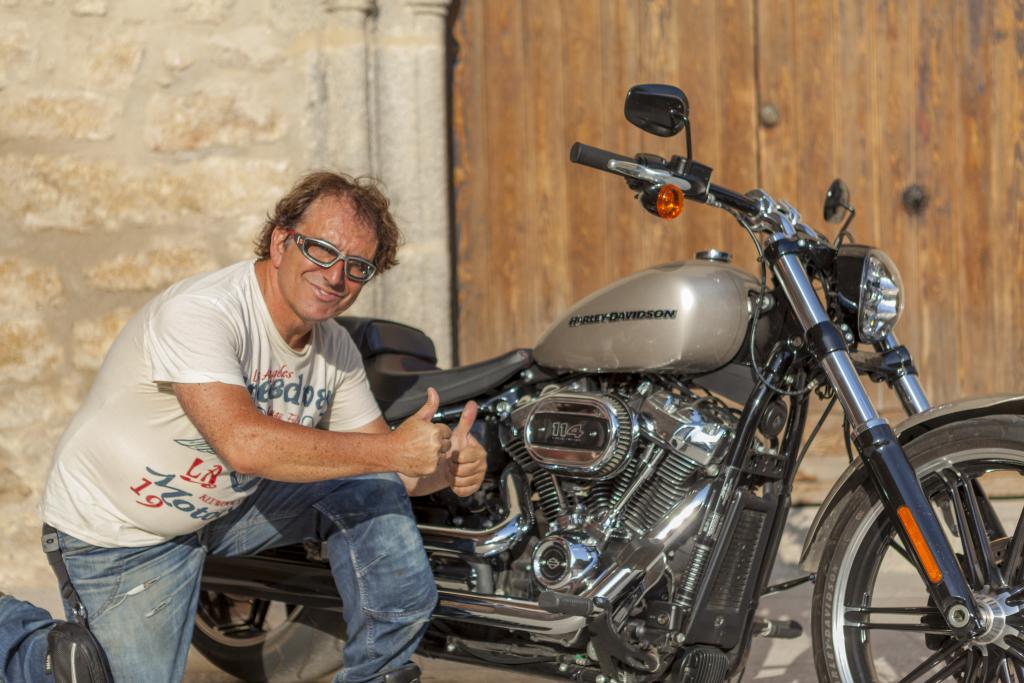 Prueba Harley Breakout 114 2018 MotorADN (58)