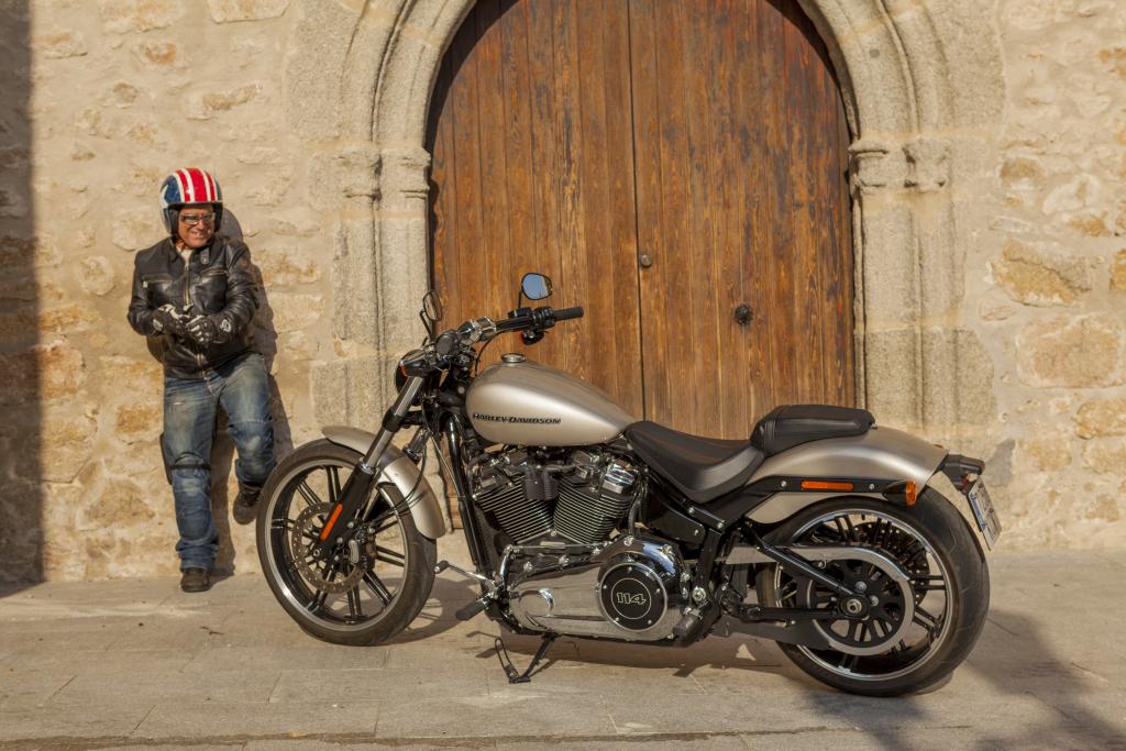 Prueba Harley Breakout 114 2018 MotorADN (67)