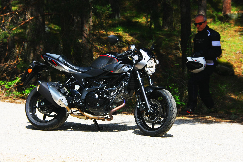 Prueba Suzuki SV 650 X 2018 MotorADN (53)