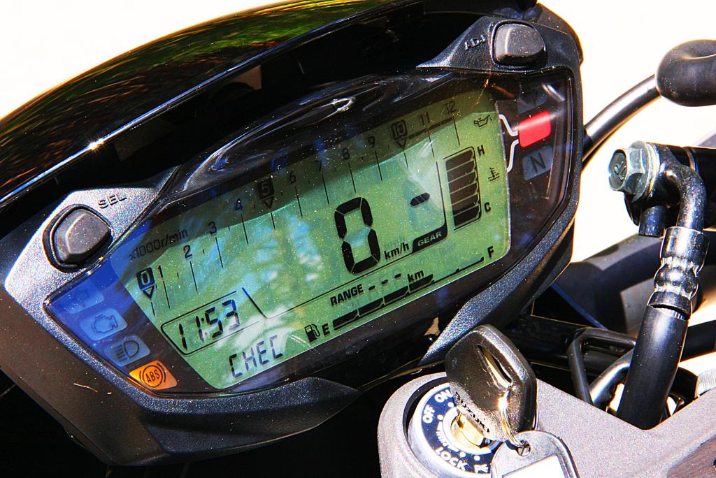 Prueba Suzuki SV 650 X 2018 MotorADN (69)