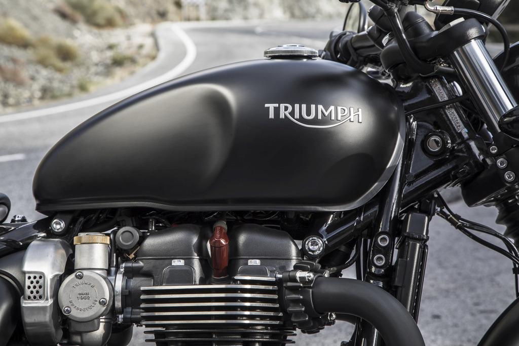 2017 Triumph Bonnerville Bobber Press Launch - Málaga Worldwid