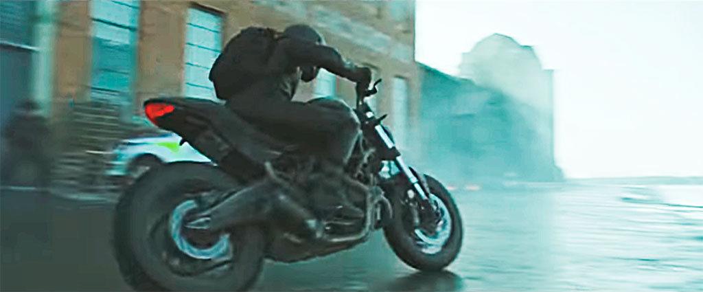 Ducati Monster en Millennium, lo que no te mata te hace más fuerte (25)