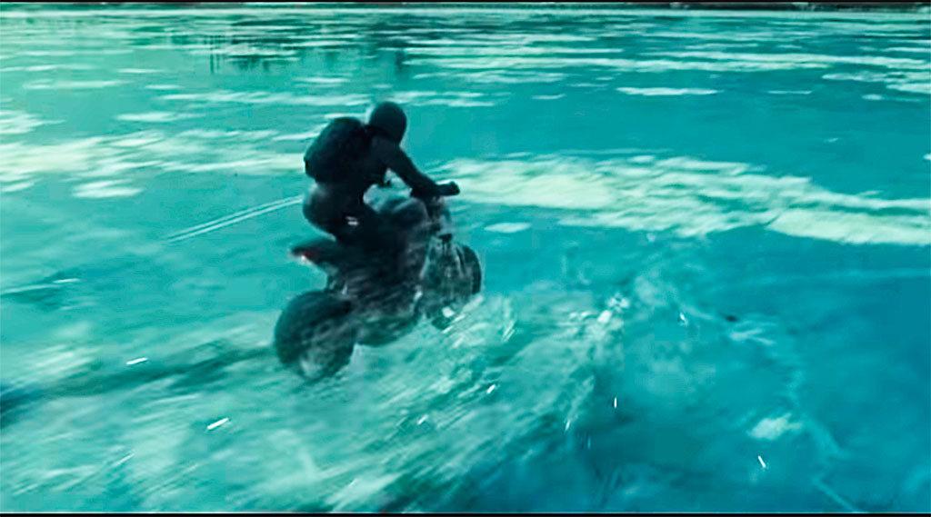 Ducati Monster en Millennium, lo que no te mata te hace más fuerte (3)