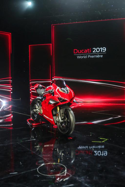 Ducati novedades salón Milán 2018 (21)