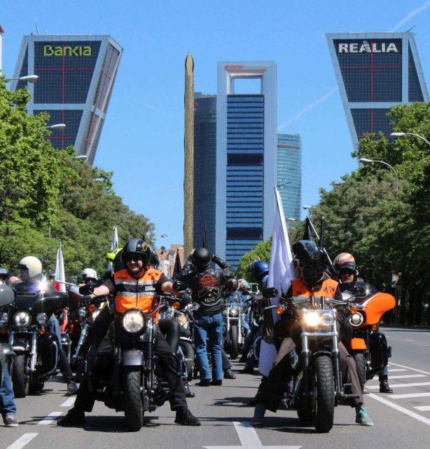 Concentración Harley Davidson KM0 2019: Más de 1.500 Harley invaden Madrid.