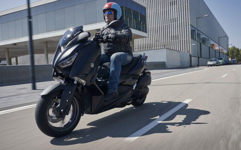 Fotos Yamaha XMax IronMax 300 2019 presentación.MotorADN
