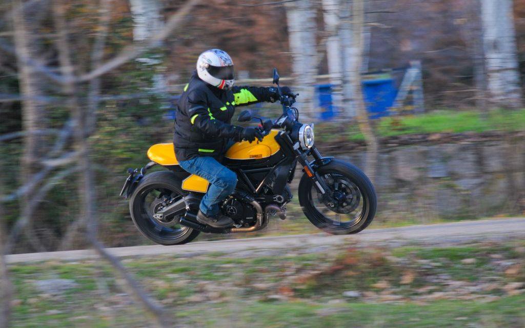 Fotos Ducati Scrambler Full Throttle MotorADN.com