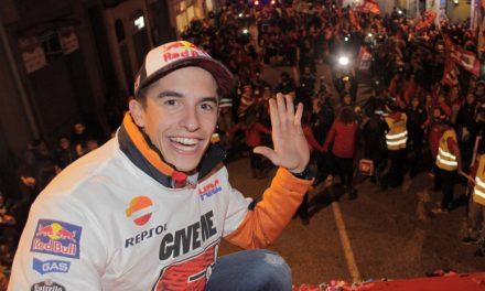 Marc Márquez celebra su quinto campeonato en Cervera, ¡y de qué forma!
