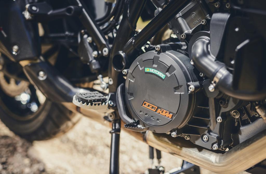 KTM 1290 SuperAdventure-1090 Adventure. Perfiels y Detalles (11)