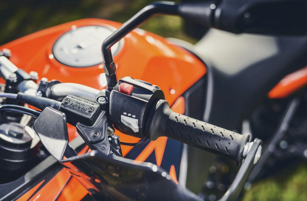 KTM 1290 SuperAdventure-1090 Adventure. Perfiels y Detalles (111)