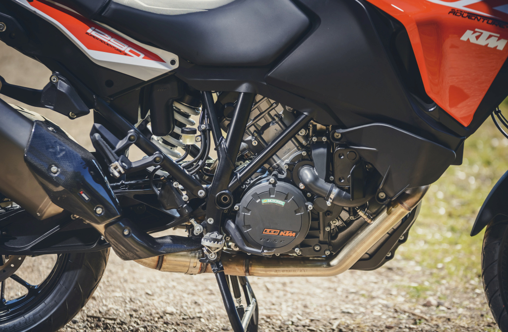 KTM 1290 SuperAdventure-1090 Adventure. Perfiels y Detalles (24)
