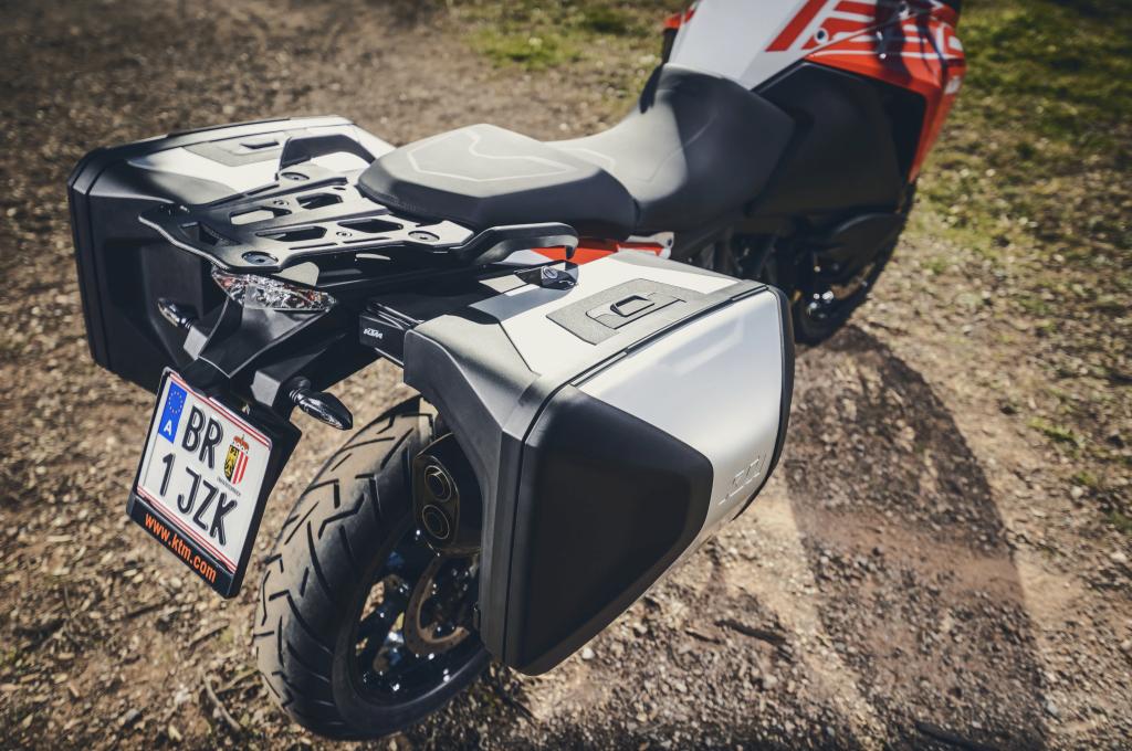 KTM 1290 SuperAdventure-1090 Adventure. Perfiels y Detalles (51)