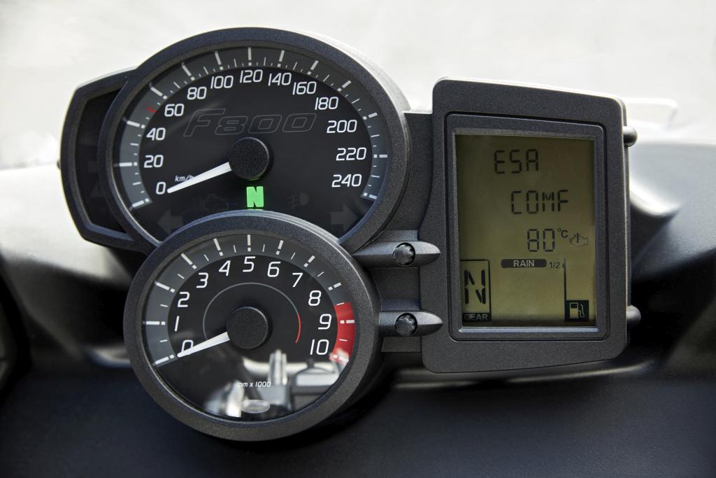 BMW F 800 R y F 800 GT 2017 (140)