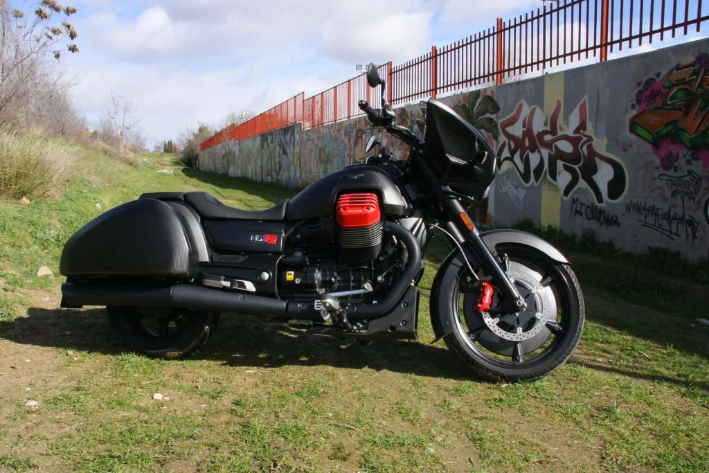 Moto Guzzi MGX21 (2)