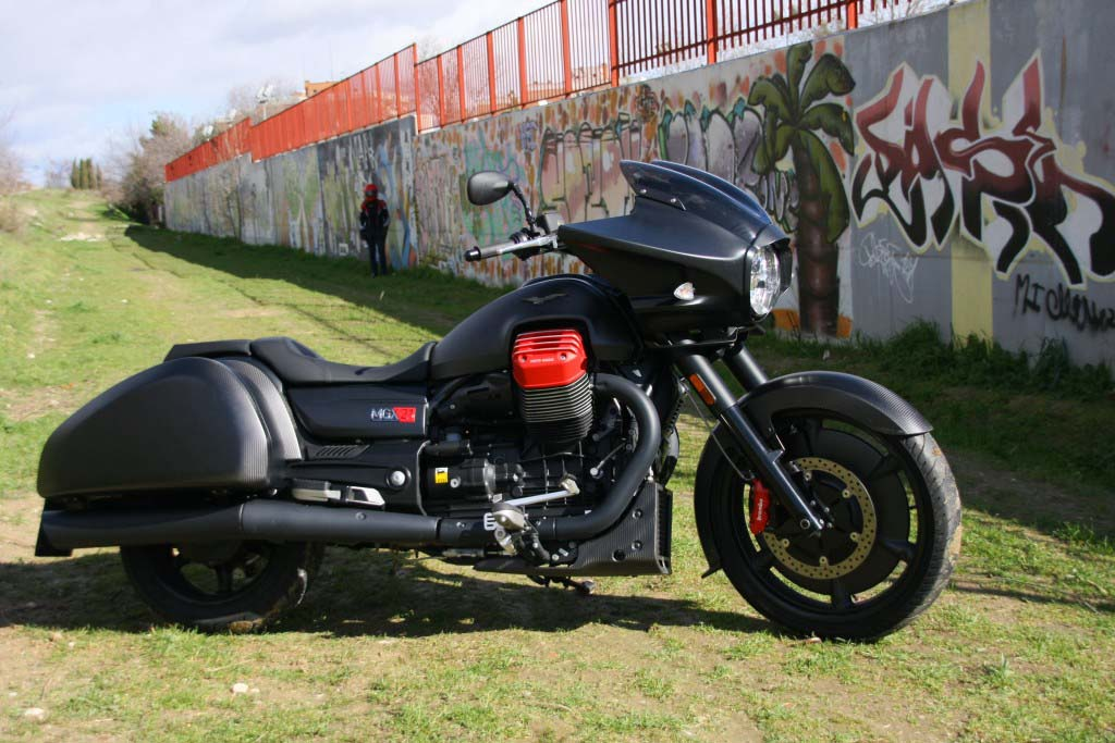 Moto Guzzi MGX21 (26)