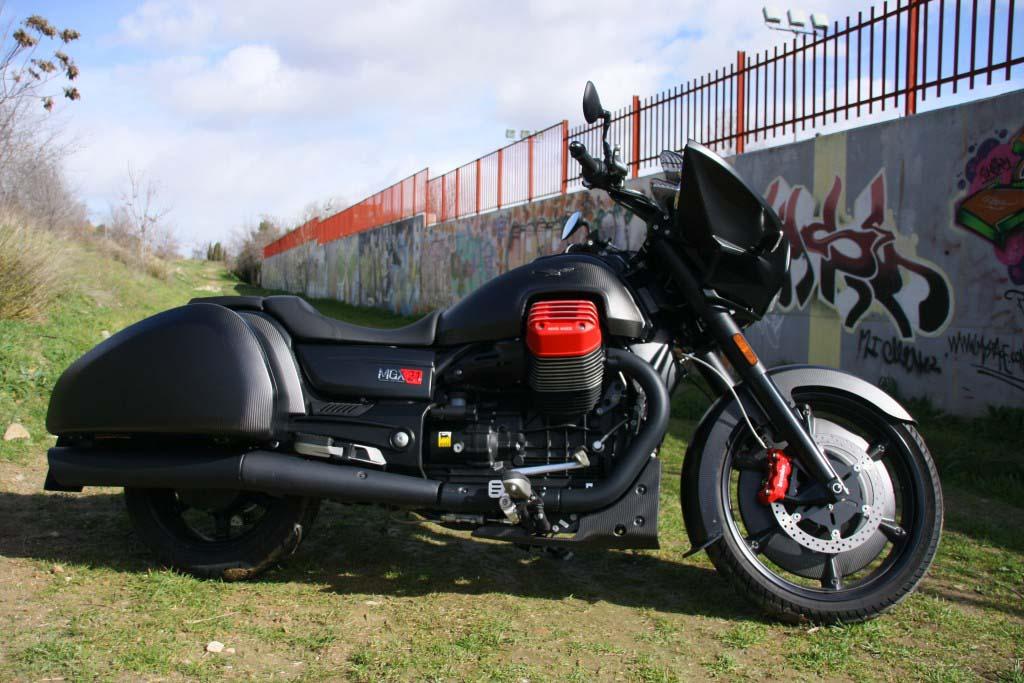 Moto Guzzi MGX21 (3)