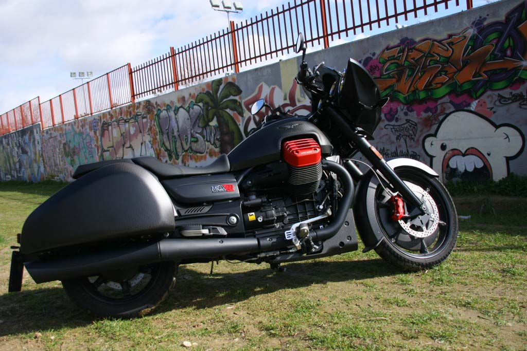 Moto Guzzi MGX21 (4)