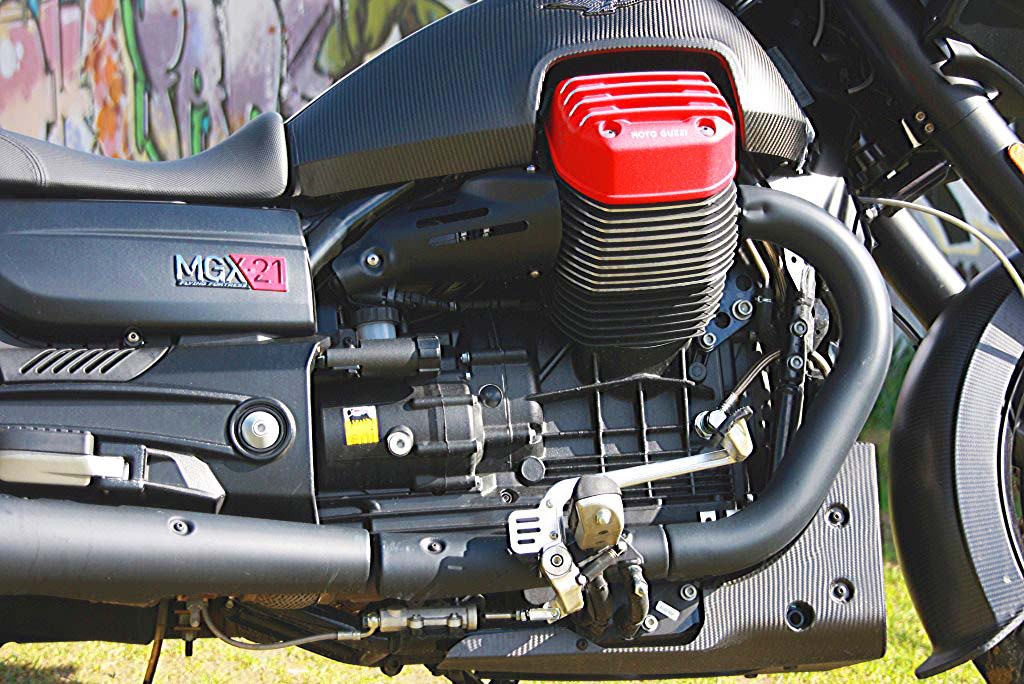 Moto Guzzi MGX21 (6)