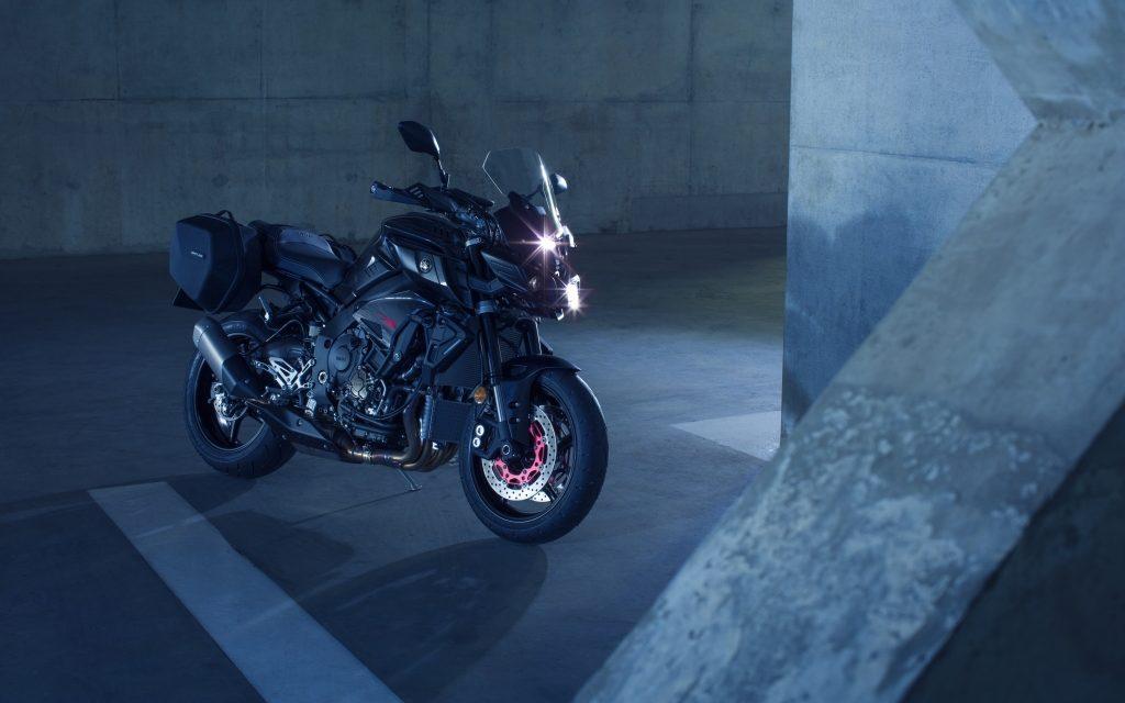 Fotos Yamaha MT-10 Tourer Edition (32 imágenes)