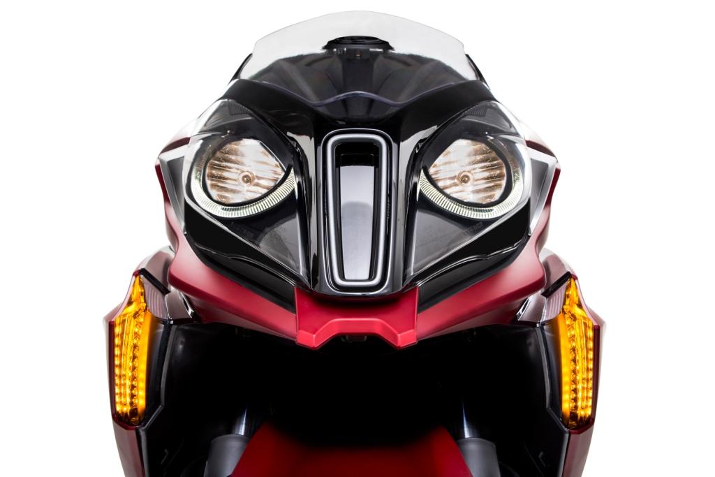 Prueba Kymco SuperDink 350 presentación MotorADN (19)