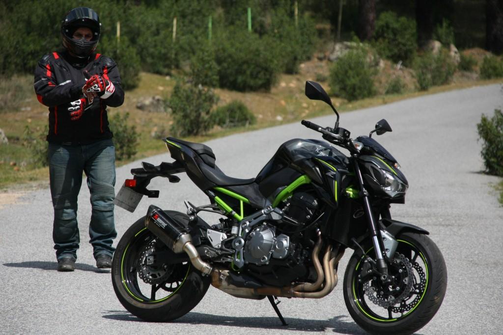 Prueba Kawasaki Z900 MotorADN (2)