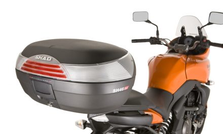 Fotos transportin y top case moto (10 imágenes)