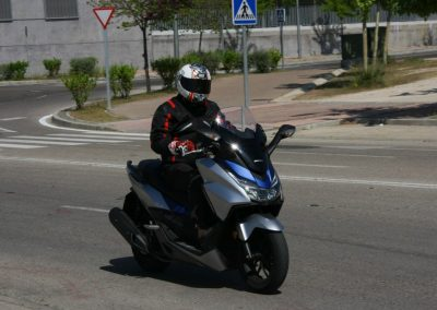 Honda Forza 2017 MotorADN (2)