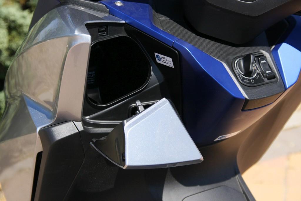 Honda Forza 2017 MotorADN (44)