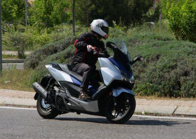 Honda Forza 2017 MotorADN (49)