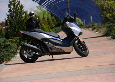 Honda Forza 2017 MotorADN (8)
