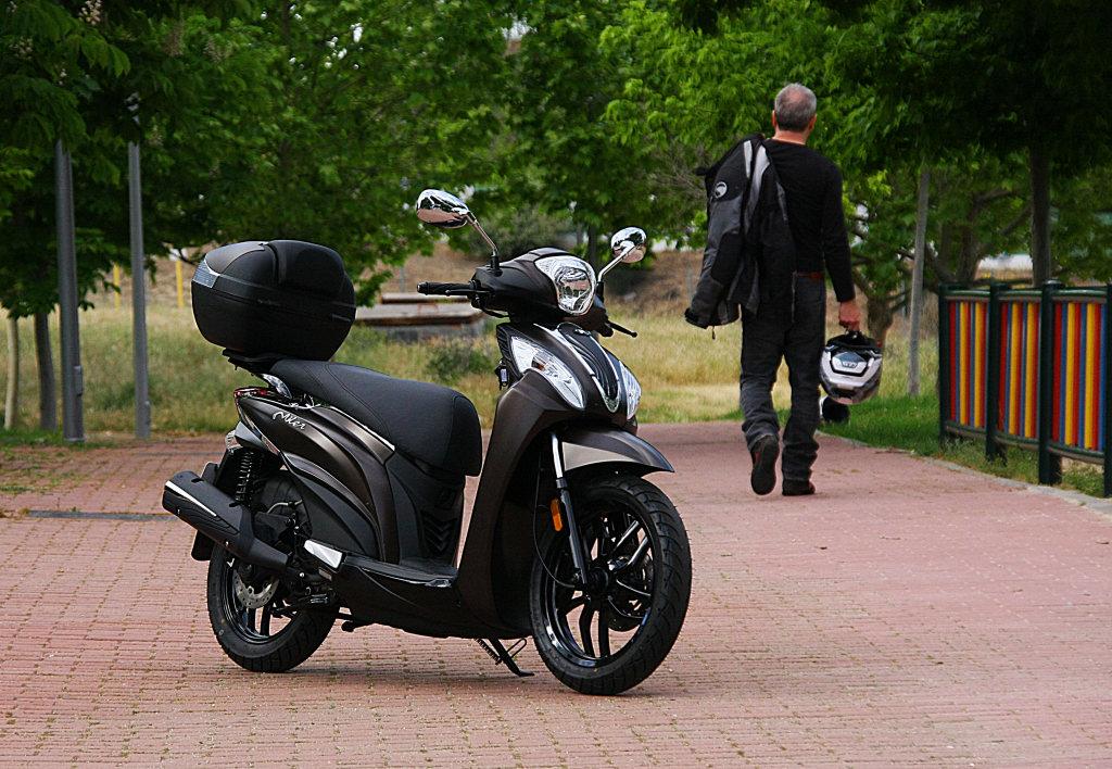 Kymco Miller 125 prueba MotorADN (3)