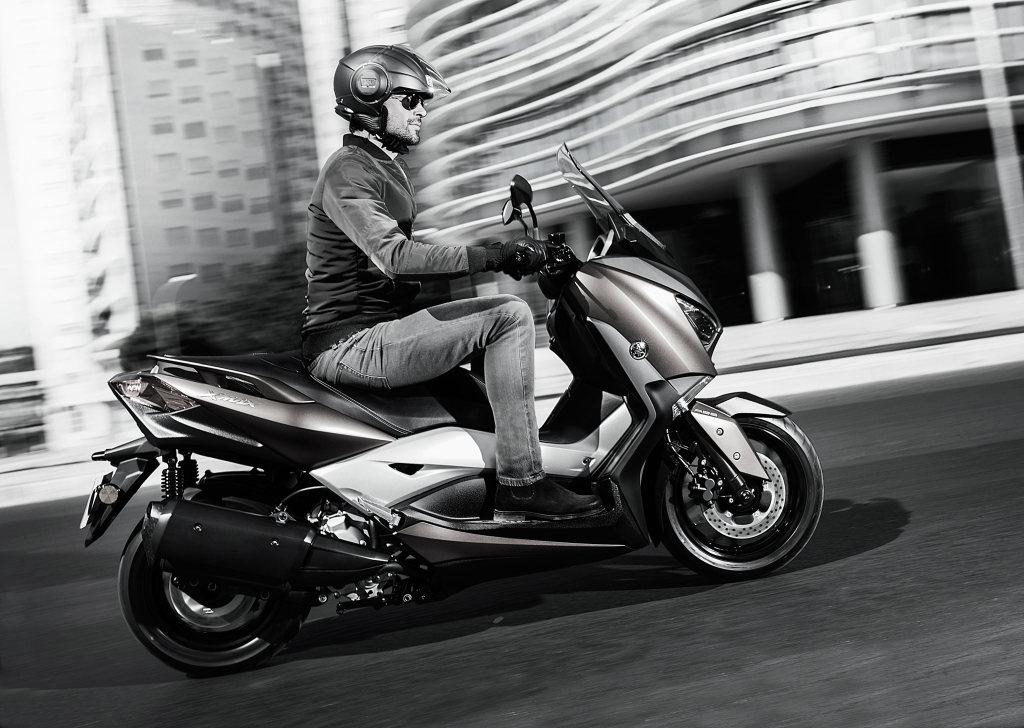 Prueba Yamaha X-Max 300 2017 MOTORADN (4)