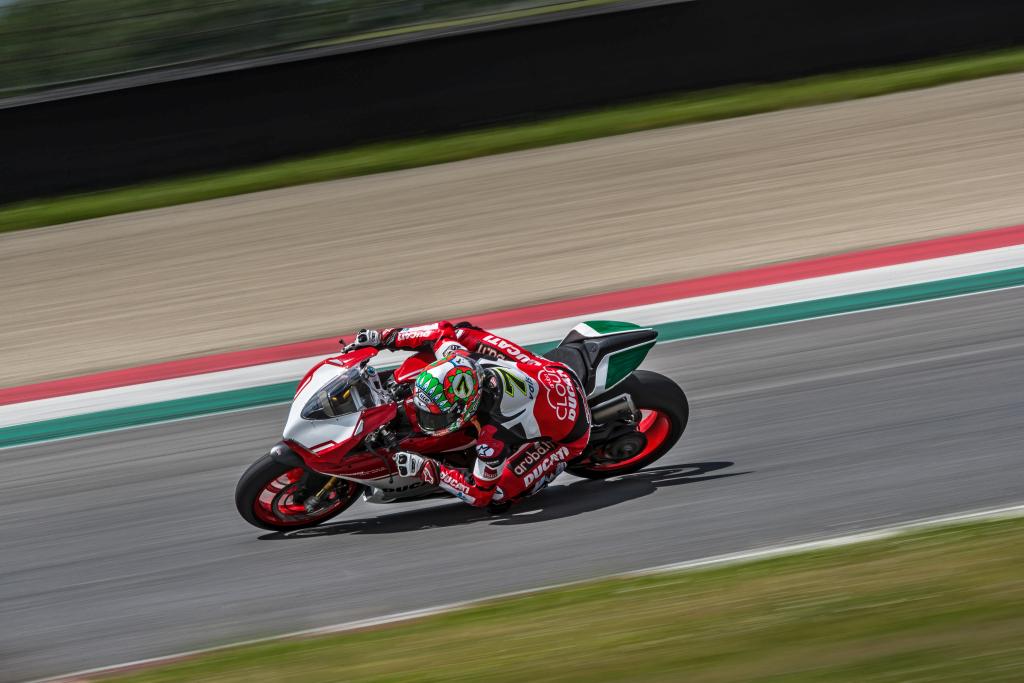 Ducati Panigale 1299 Final Edition MotorADN (6)