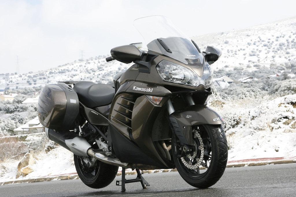 Kawasaki GTR 1400 MotorADN (10)