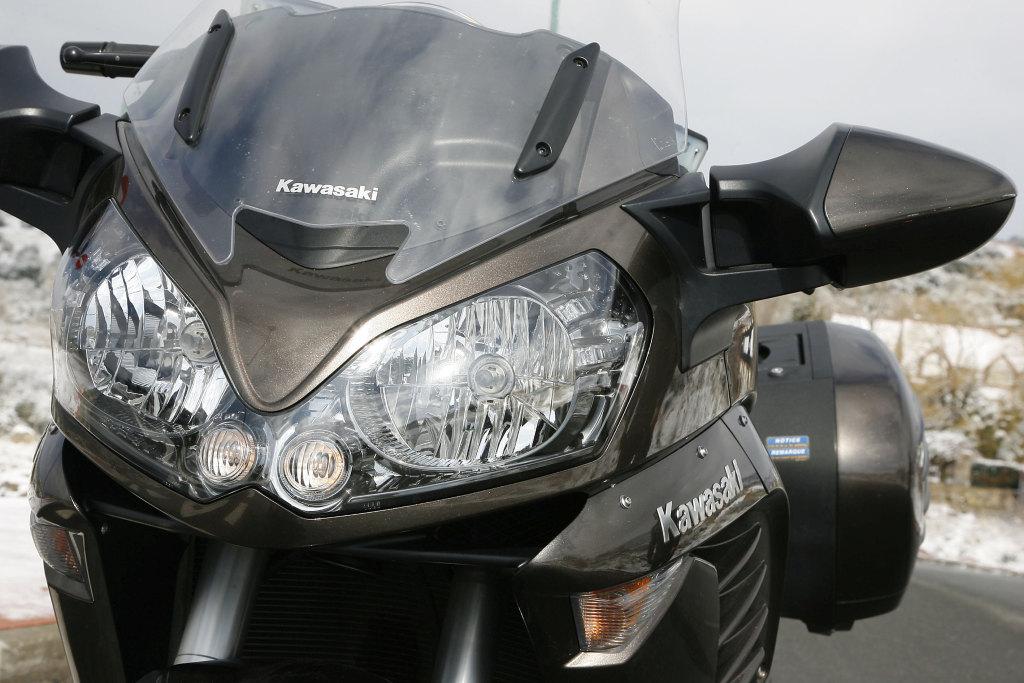 Kawasaki GTR 1400 MotorADN (3)