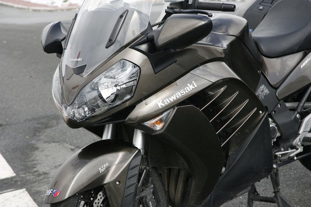 Kawasaki GTR 1400 MotorADN (5)