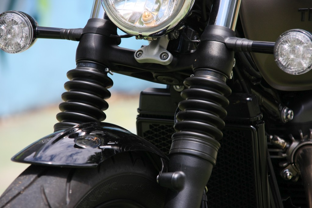 Prueba Triumph Bobber 2017 MotorADN (26)