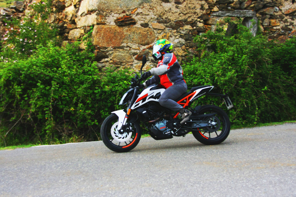 KTM Duke 125 2017 MotorADN (30)