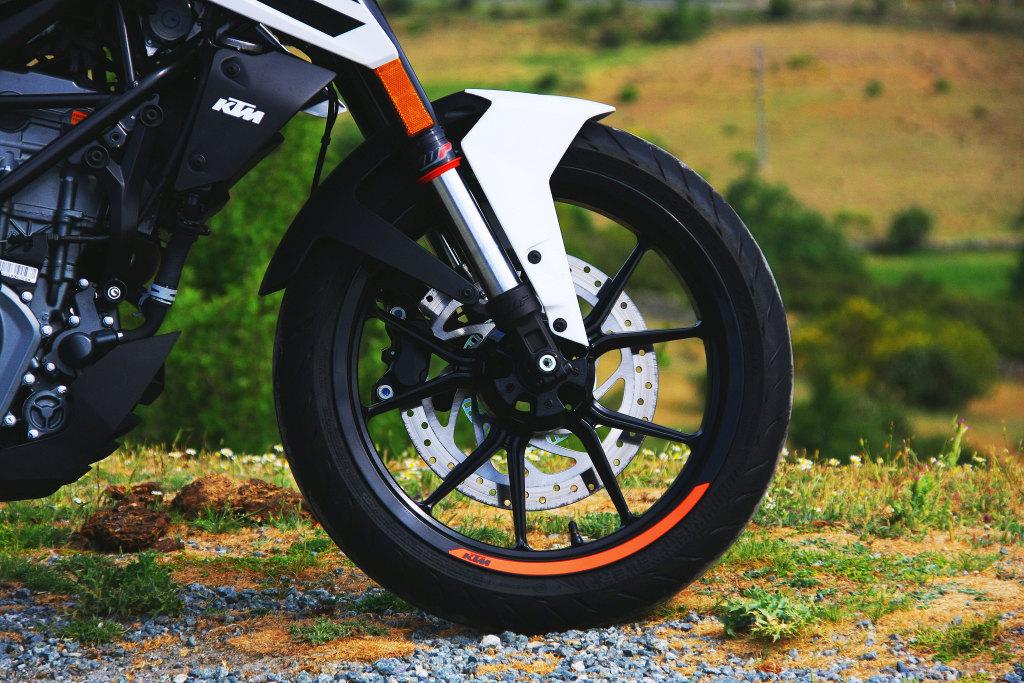 KTM Duke 125 2017 MotorADN (8)